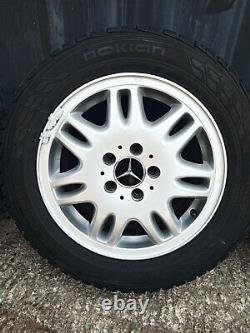 4 Jantes mercedes 16 Pouces Vito/Viano avec pneus Nokian WRC3